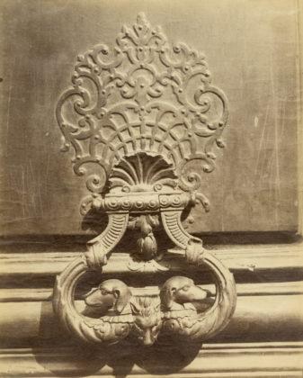 Hôtel d'Ecquevilly, 60 rue de Turenne, 3rd arr., 1901, albumen silver print