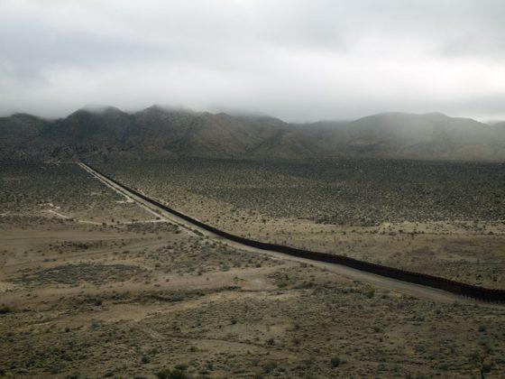 03the-wall-jacumba-california-2009-title-ok--0bc93e2a38f88c3819cd79bb58f9a4a143dd5357-s700-c85