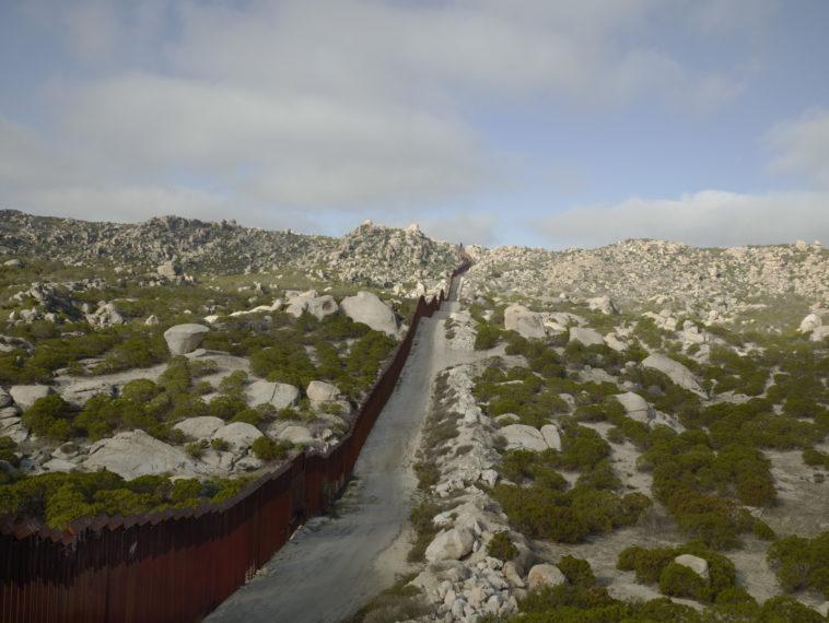 Wall, Tierra Del Sol, California, 2015, pigment print