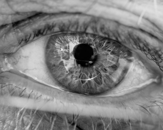 08-lens-eyes-slide-8G5E-superJumbo-1